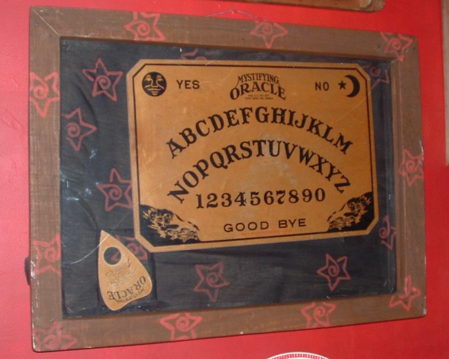 Early William Fuld Ouija board